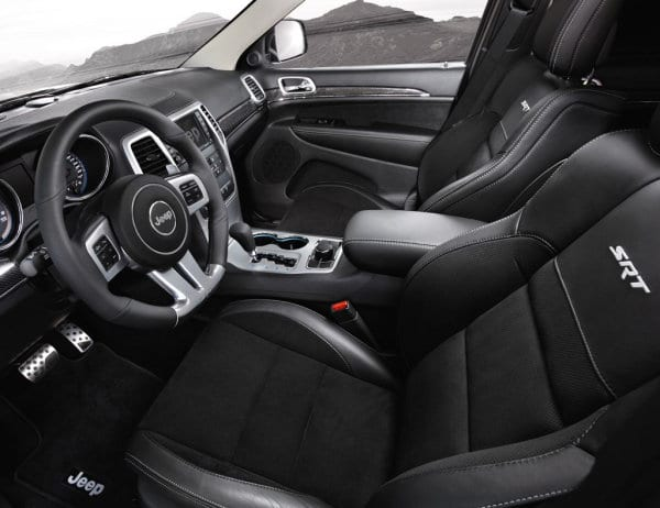 Jeep Grand Cherokee SRT Limited Edition white (8)