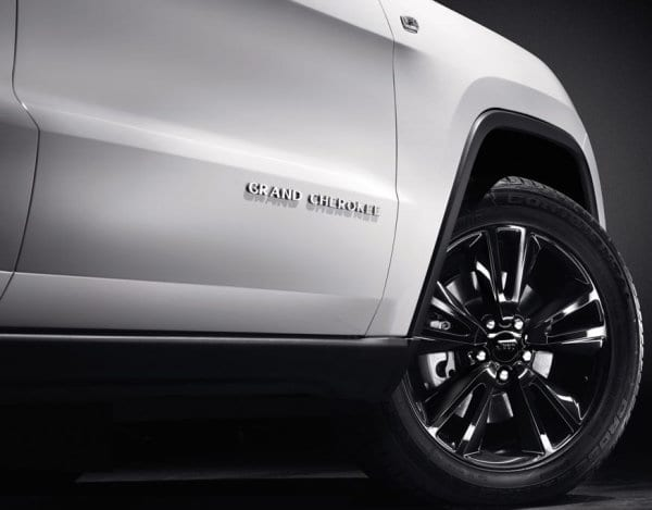 Jeep Grand Cherokee SRT Limited Edition white (1)