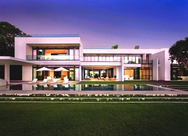 Luxury South Beach Estate Miami (1)