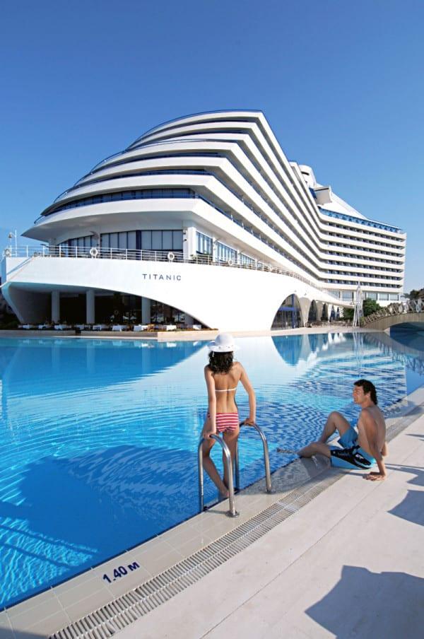 titanic-beach-lara -009