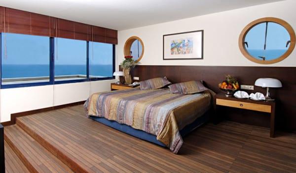 titanic-beach-lara -023