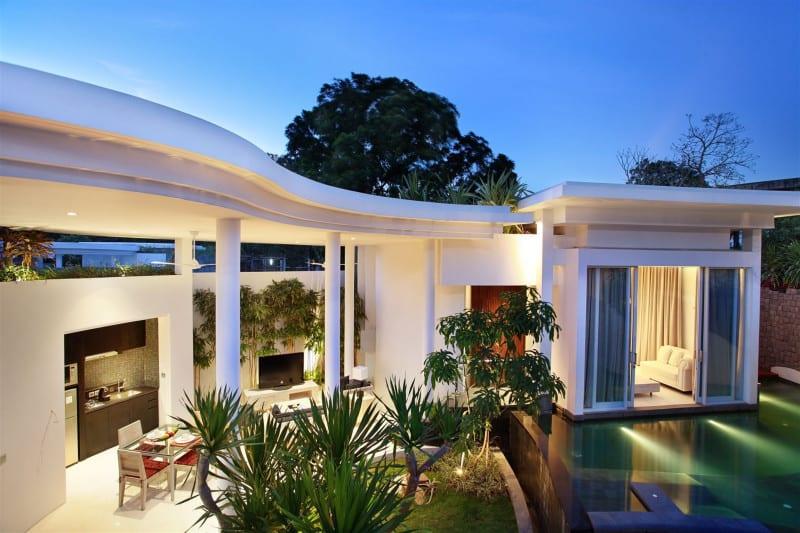 delMango Villa Estate
