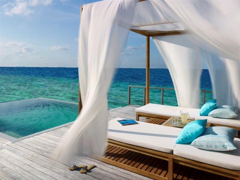 dusit thani maldives private