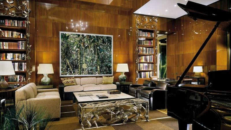 Four Seasons Hotel Library
