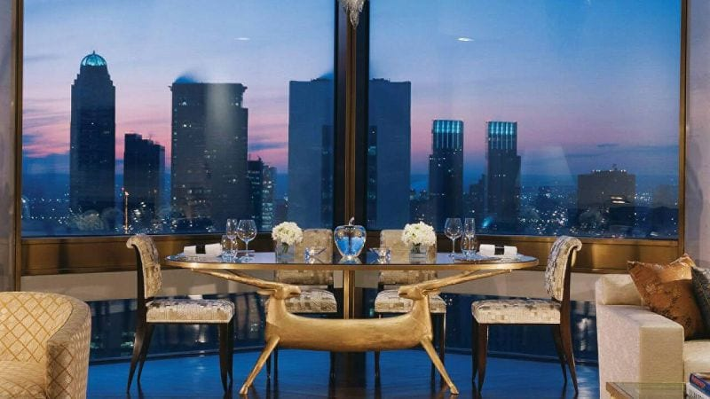 Ty Warner Penthouse Four Seasons Hotel Dining area