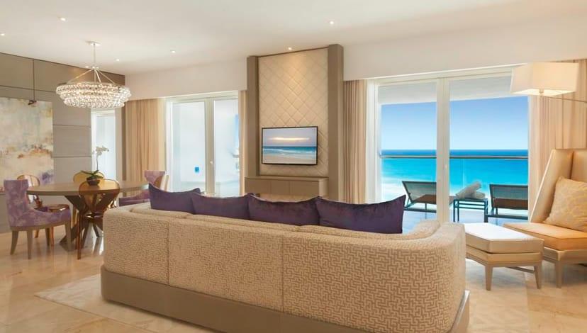 Le Blanc Spa Resort rooms