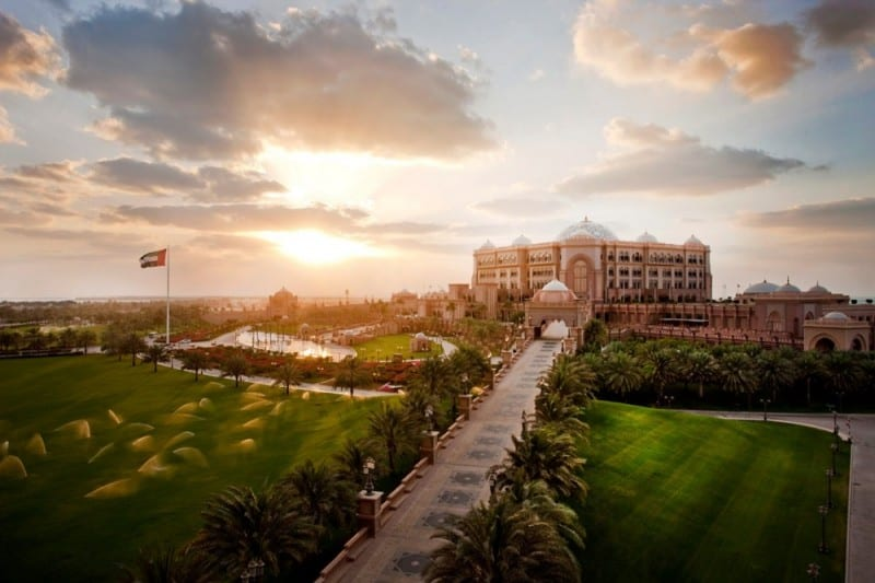 Print_Emirates-Palace-exterior-sunset