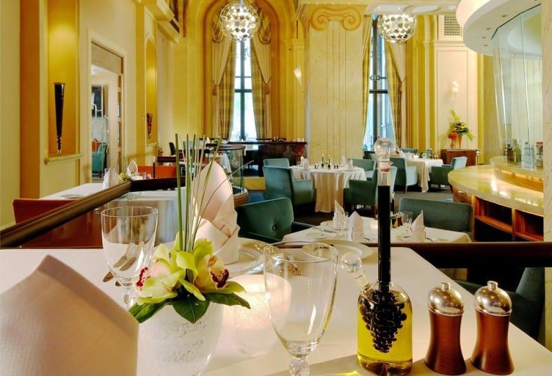 Print_Mezzaluna-Italian-Fine-Dining-Restaurant