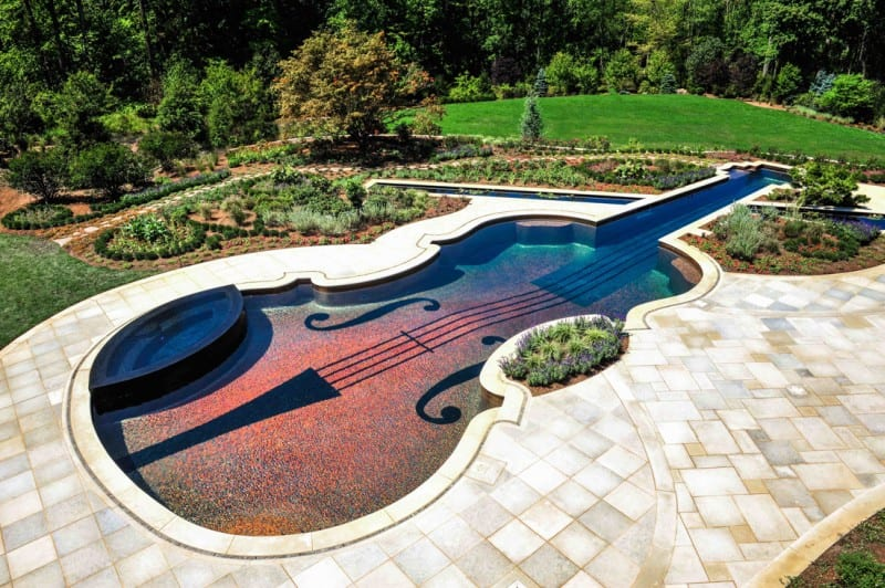 Stradivarius-shaped pool