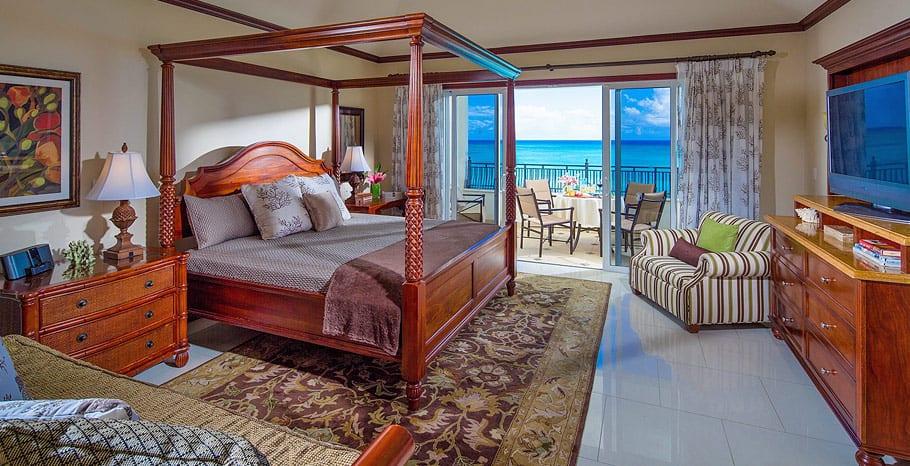 Portofino Penthouse Water's Edge Bedroom Imperial Family Suite